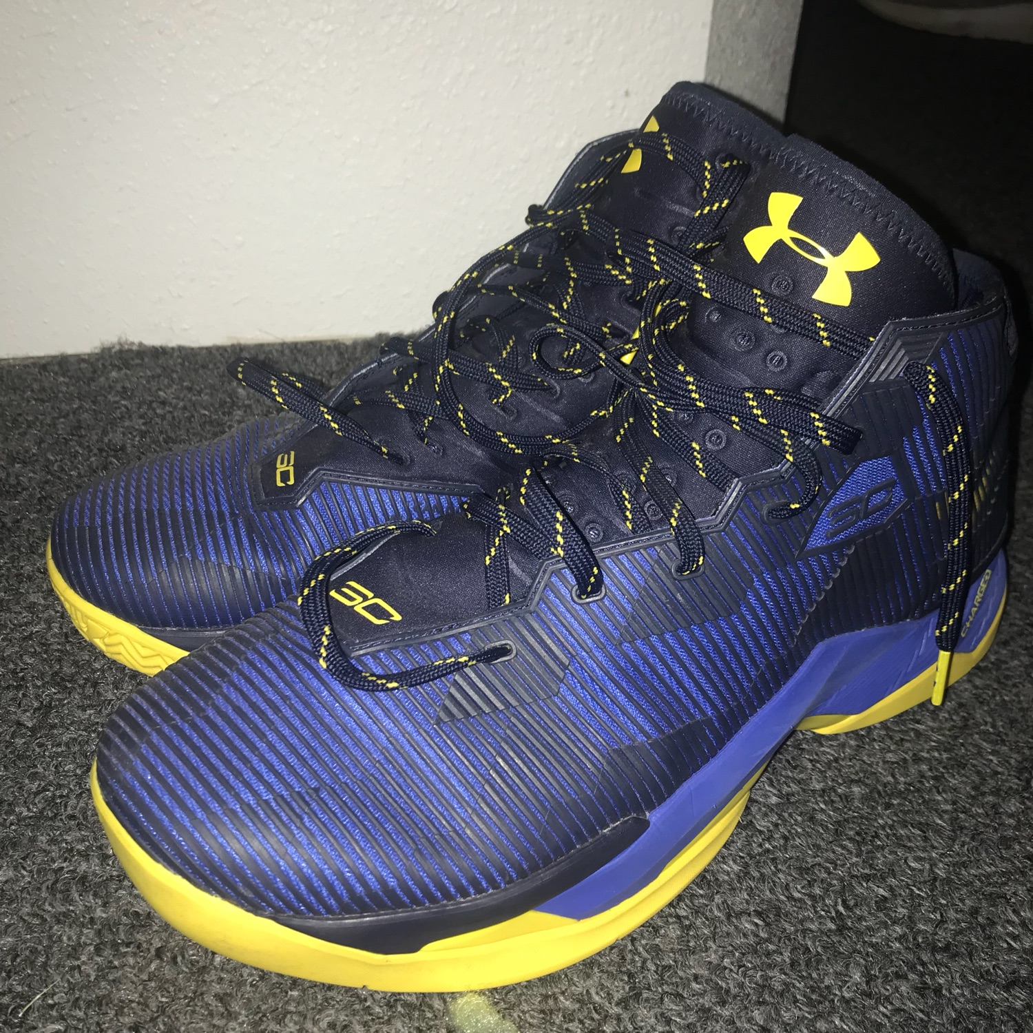 separation shoes fb559 48454 Under Armor Curry 2.5