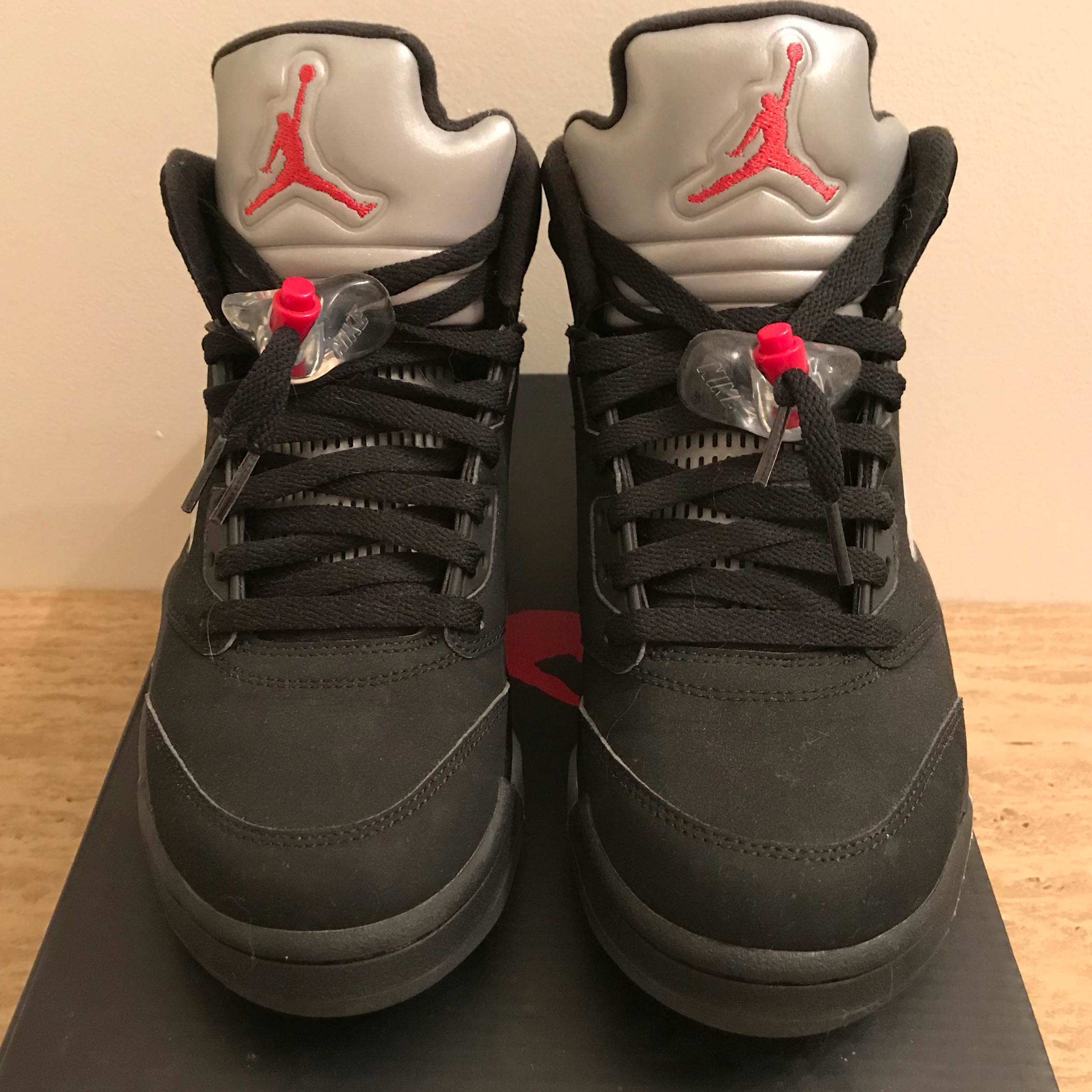 big sale e6883 1d730 Air Jordan 5 Black Metallic 2016 Release Vnds
