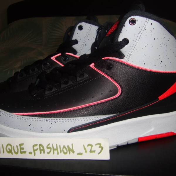 Nike Air Jordan 2 Retro Black Infared 23 Gs