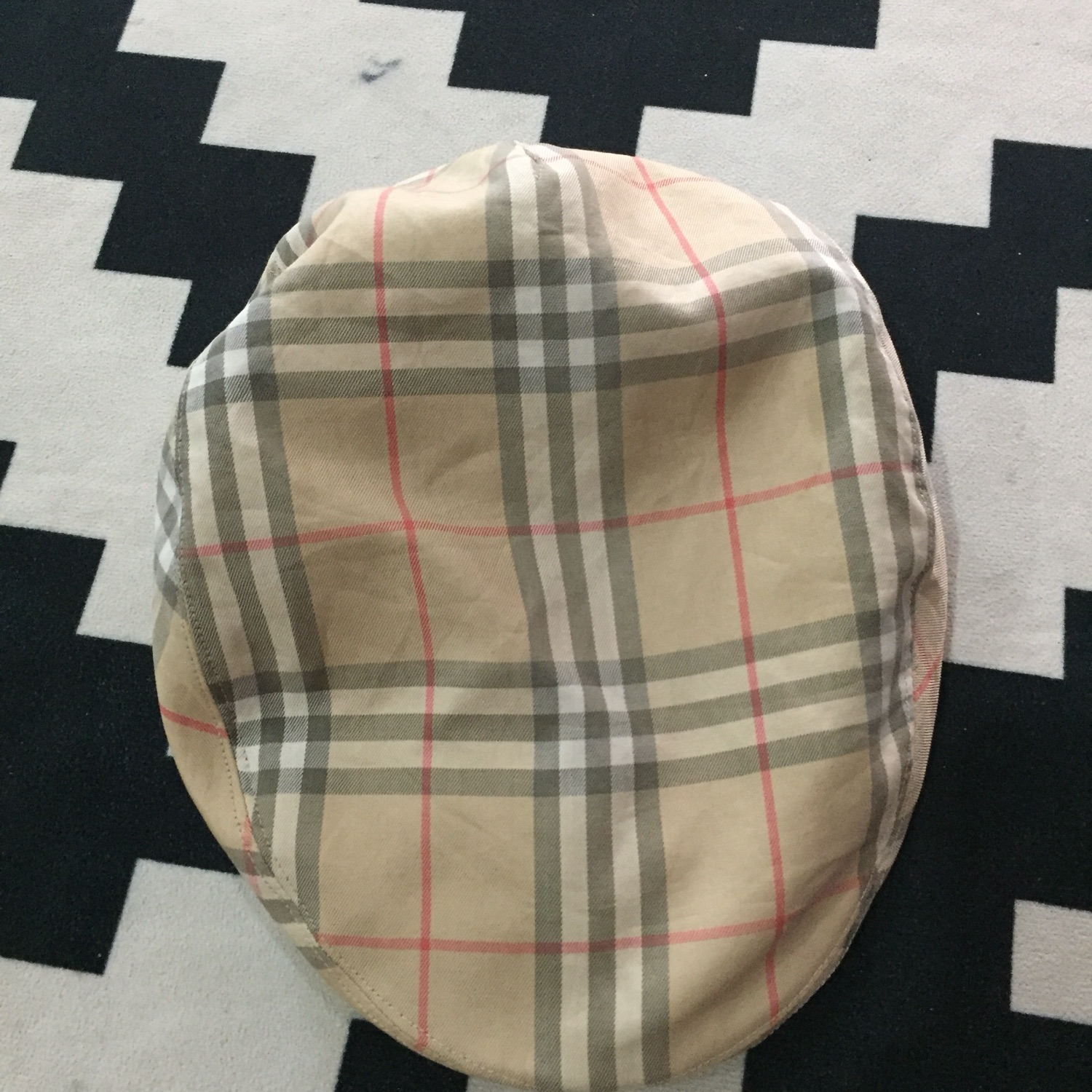 Vintage Burberry Golf Nova Check Baretta