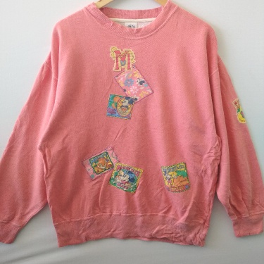 MICKEY MOUSE VINTAGE PATCH DESIGN SWEATSHIRT
