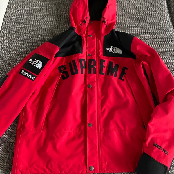 Supreme X The North Face Arc Logo Parka Red
