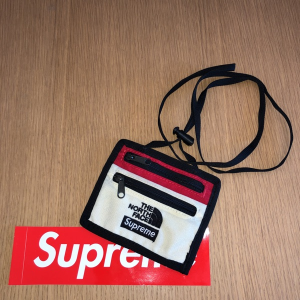 Supreme The North Face Expedition Travel Wallet White