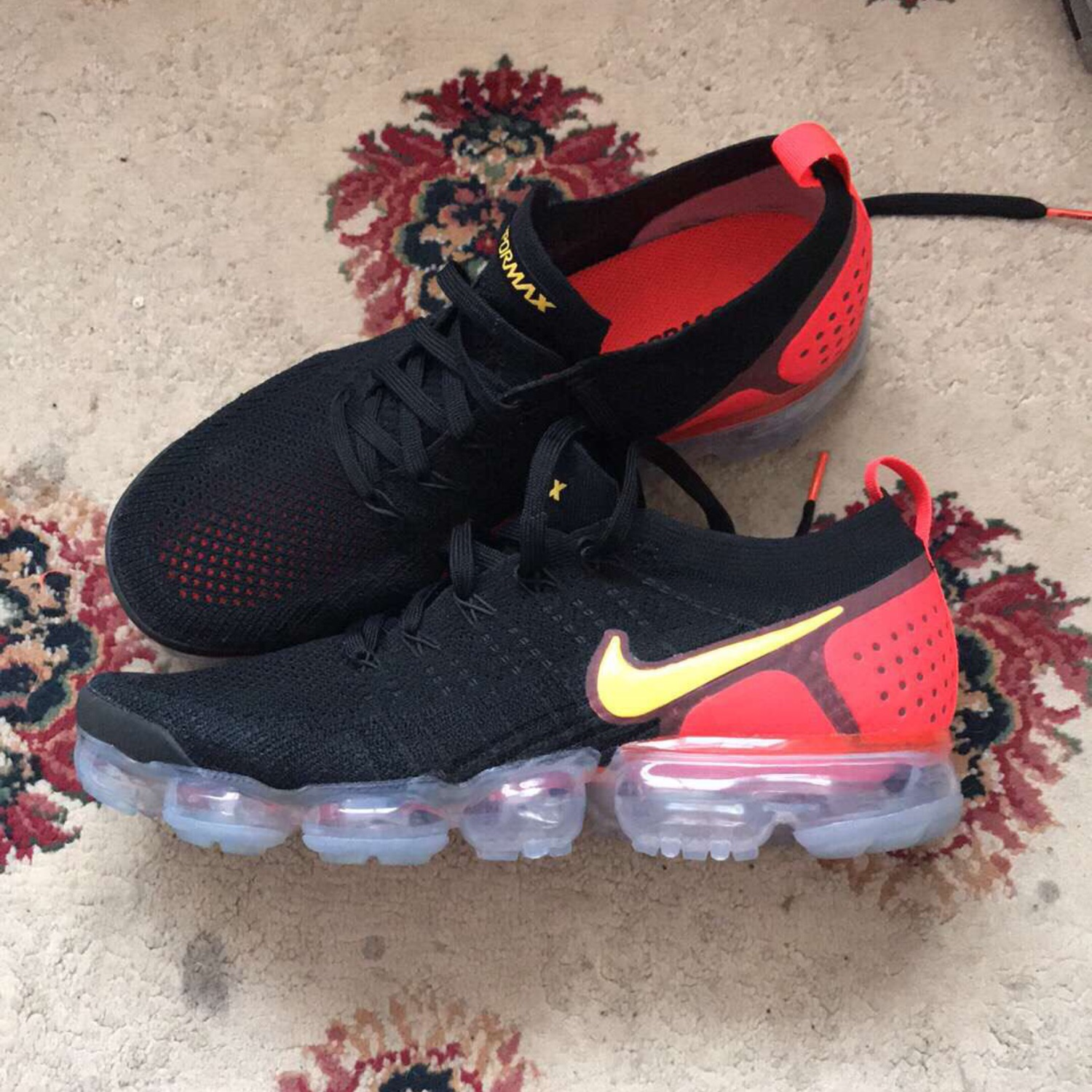 Nike Air VaporMax Flyknit Men's Shoe