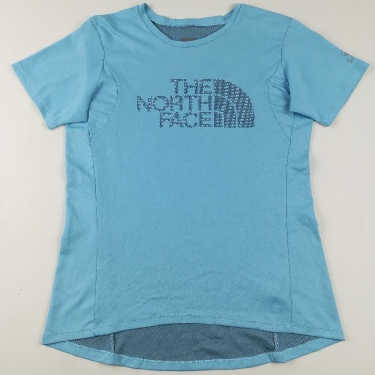 T-SHIRT 👕 Brand🔖 : The North Face Pit to Pit 36 Inches Top to Bottom 22-25 Inches Arm pit to arm pit 3.5 Inches Price $15   Quick dry clothes