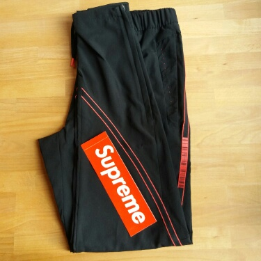 Adidas Track Pants NUOVO Black/Red Size S (~180cm)