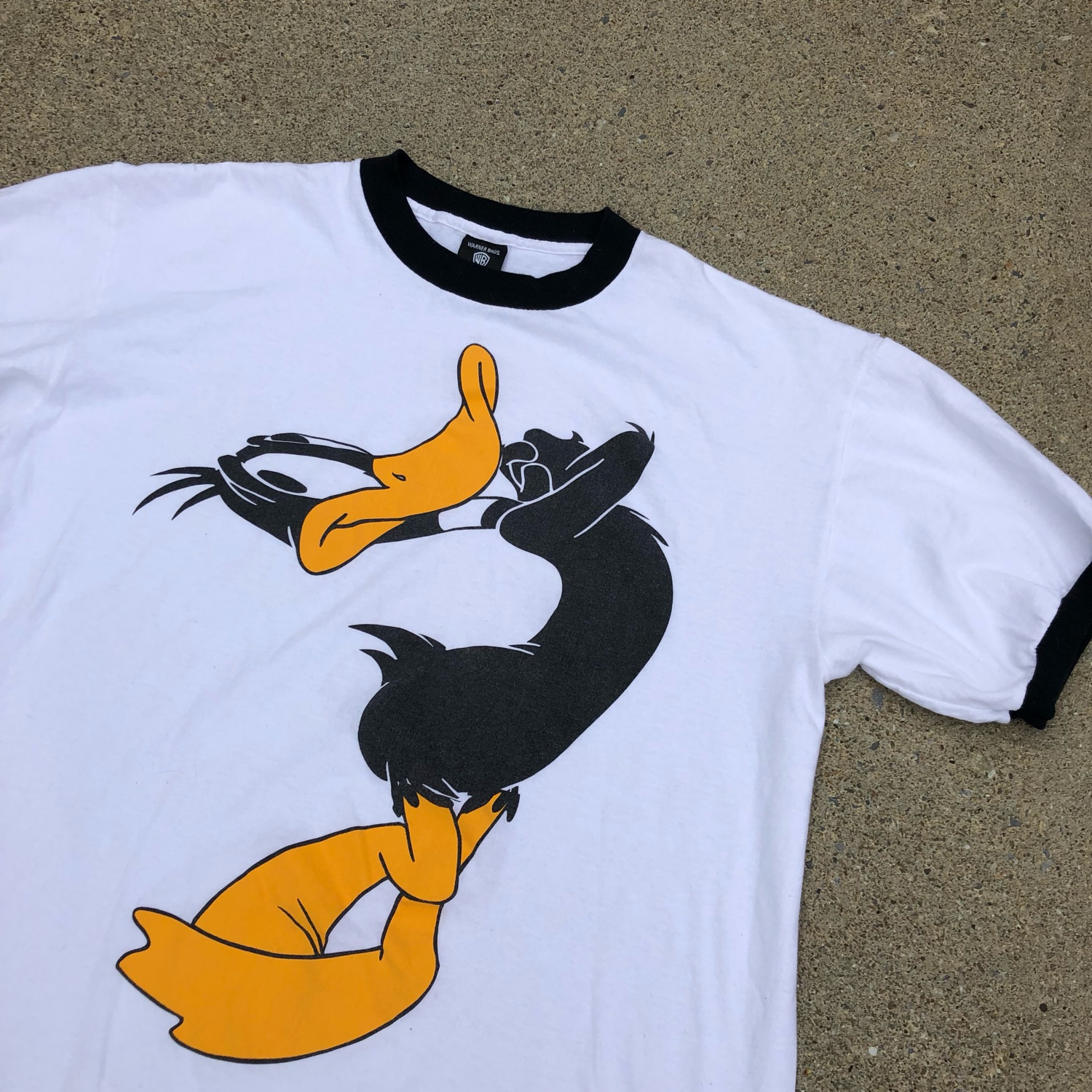 899cb72c8f6a Vintage 90S Daffy Duck Ringer Tee
