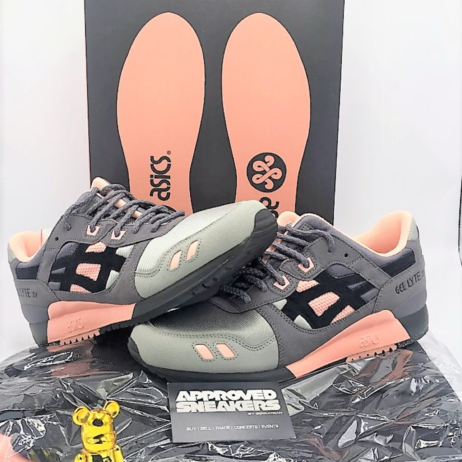 quality design f0bbd 42299 Woei X Asics Gel-Lyte Iii Vintage Nylon Pack