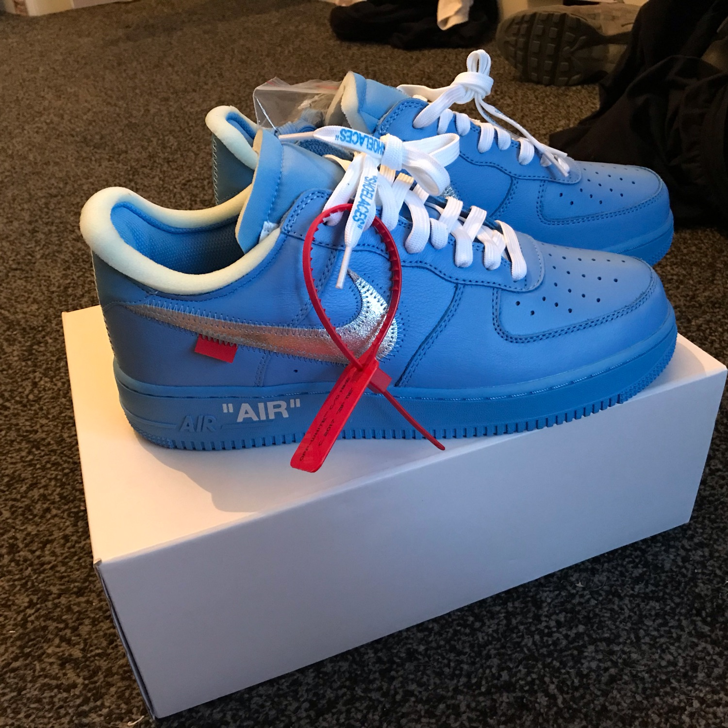 nike air force 1 off white blu