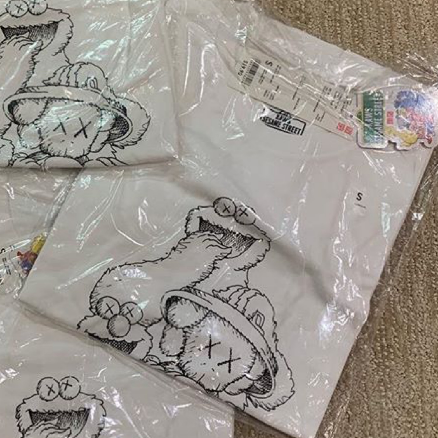 Kaws Uniqlo Cookie Monster Elmo White Tee