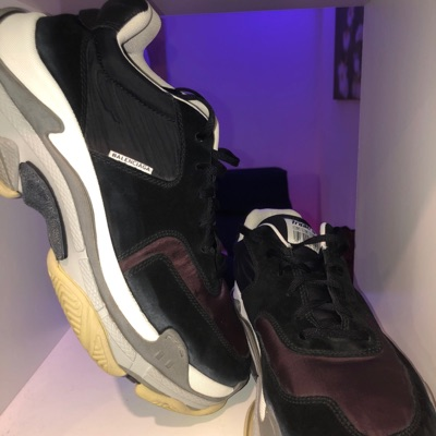 Triple S low top trainers Balenciaga Matchesfashion com