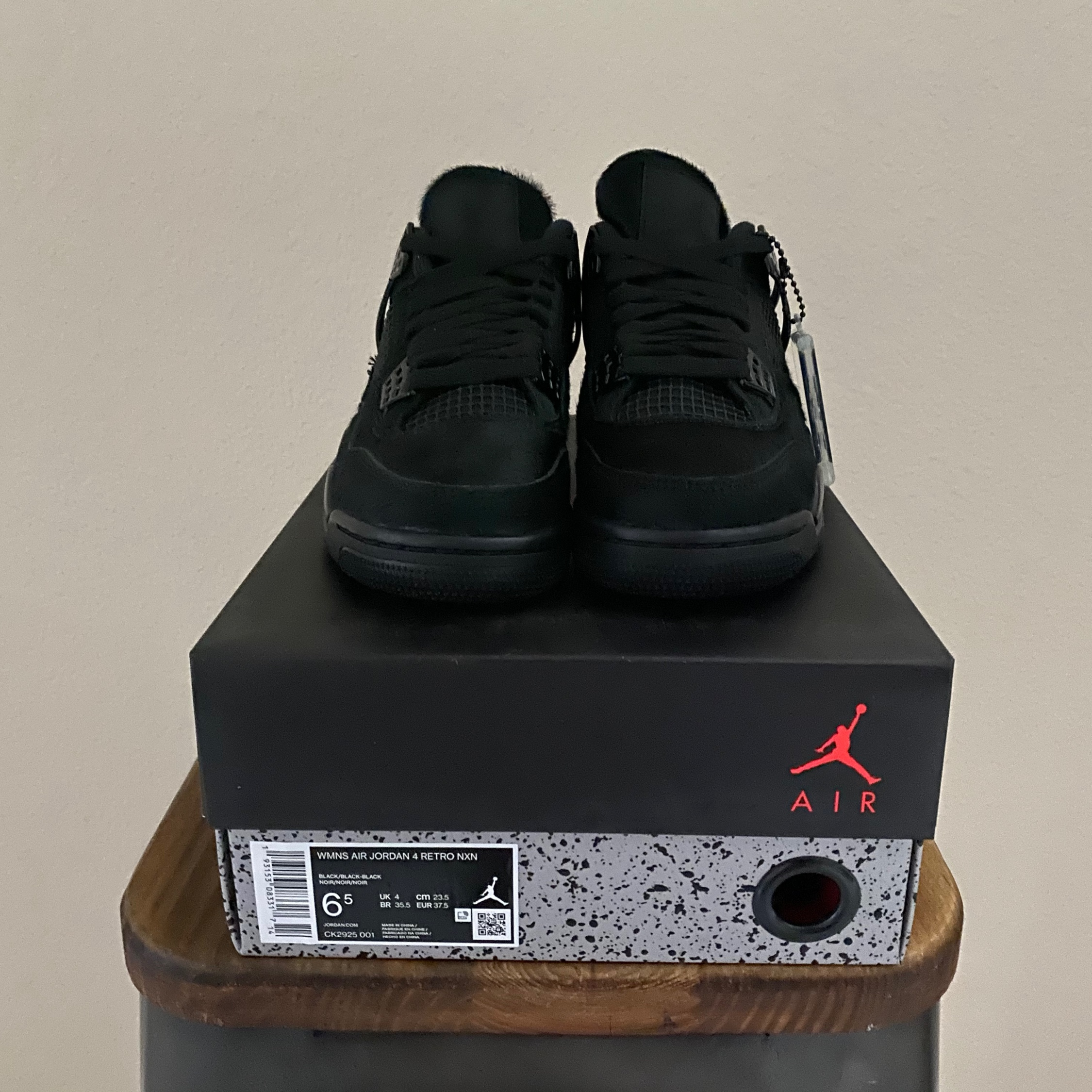 Jordan 4 Retro Olivia Kim No Cover (W)