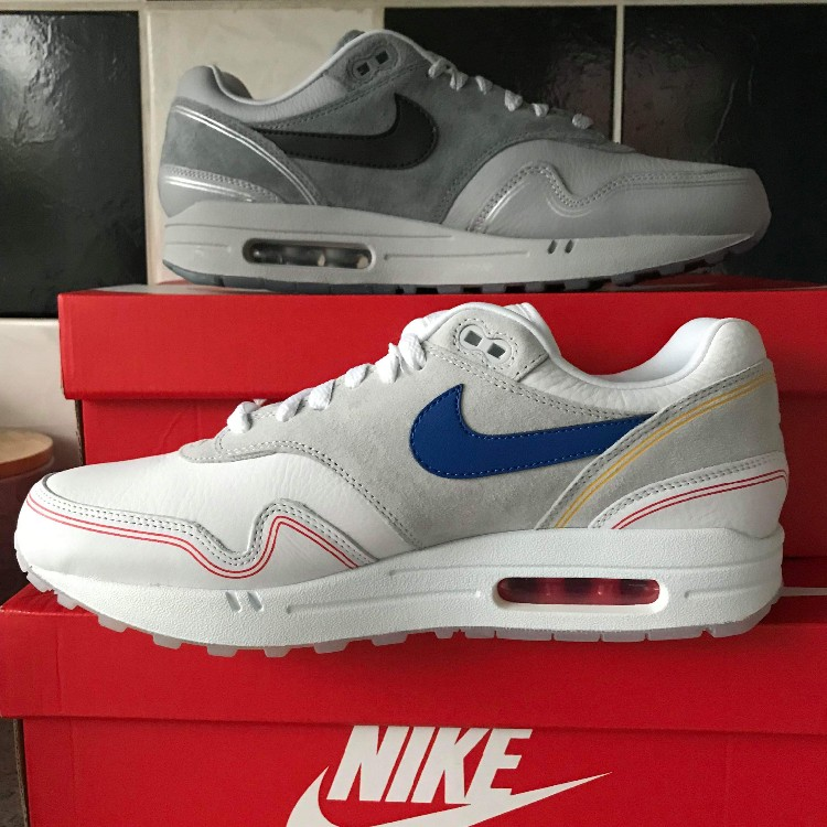 Nike Air Max 1 Pompidou Pack </p>                     </div> 		  <!--bof Product URL --> 										<!--eof Product URL --> 					<!--bof Quantity Discounts table --> 											<!--eof Quantity Discounts table --> 				</div> 				                       			</dd> 						<dt class=