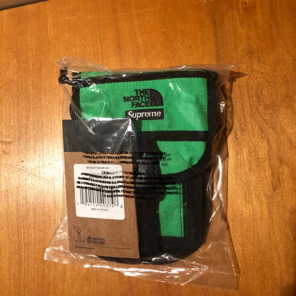 Supreme The North Face RTG Utility Pouch Green