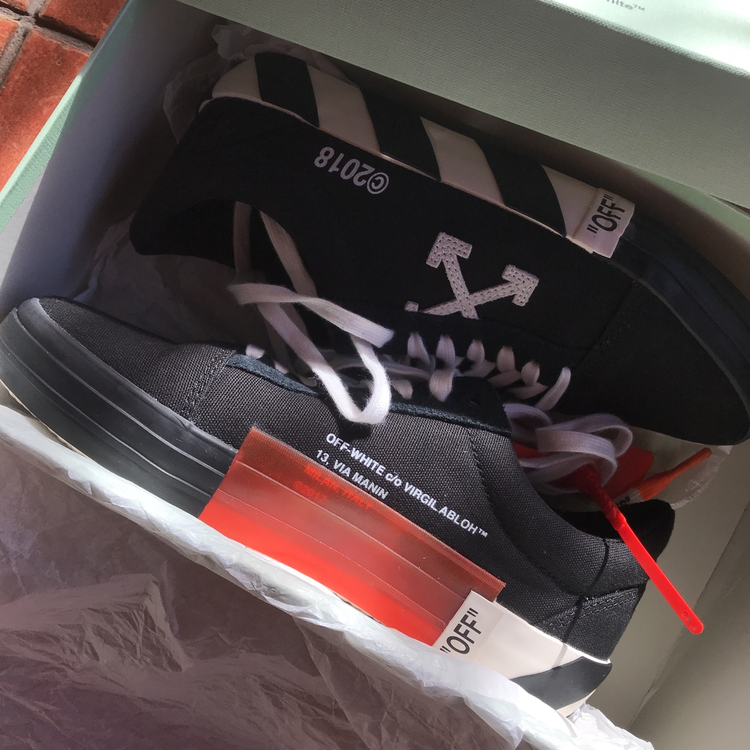 Off-White Shoe