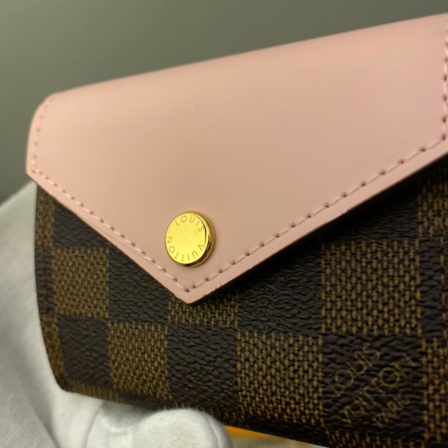 Louis Vuitton Zoe Wallet