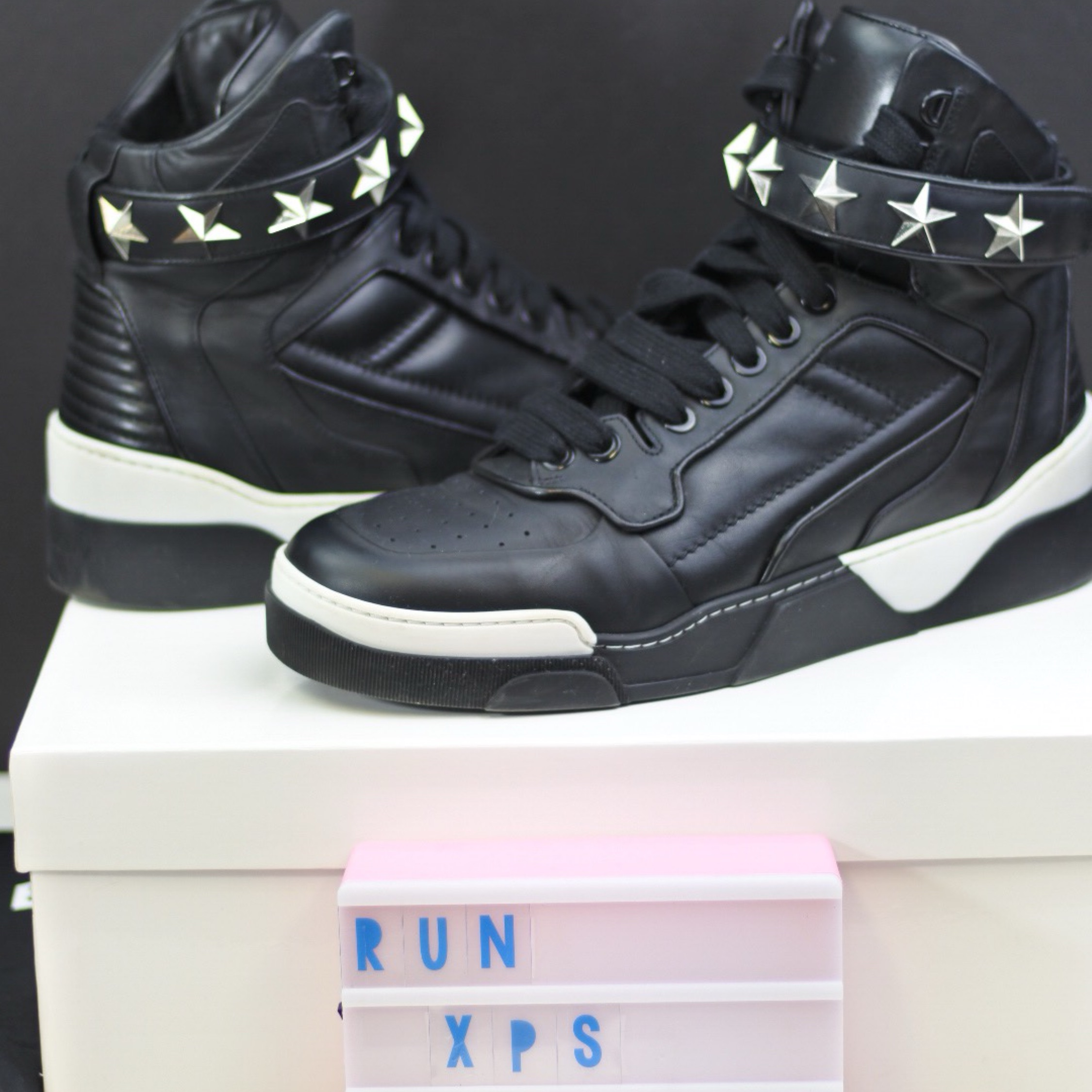 Givenchy Tyson Star High-Top Sneaker 43
