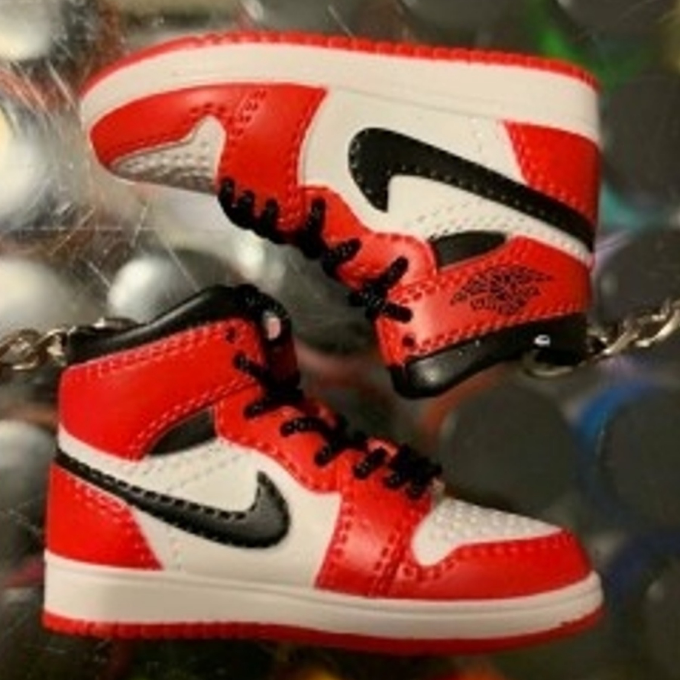 low priced 2f9ea 44ccb 2013 Nike Air Jordan 1 Chicago Keychain
