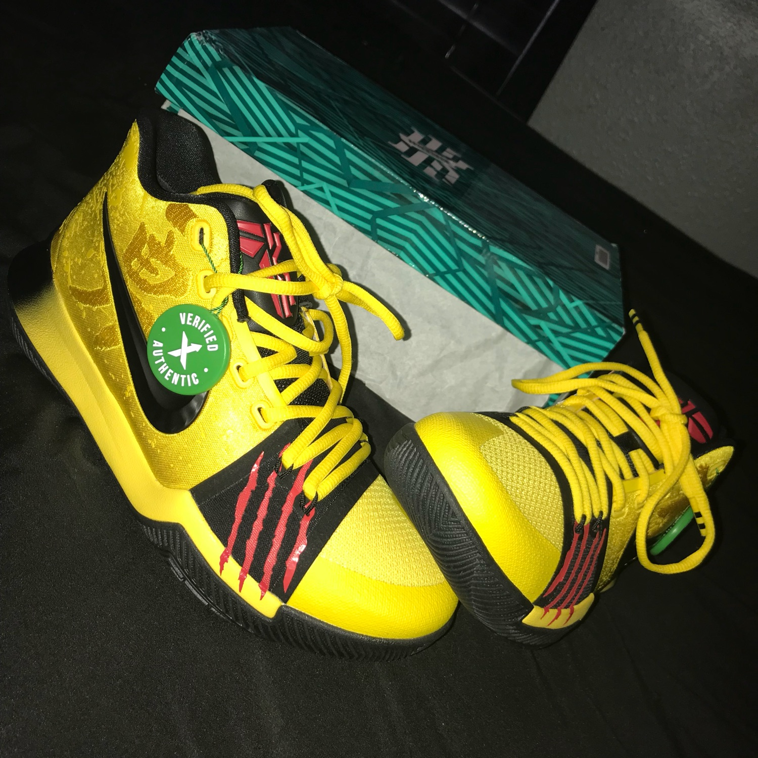 reputable site 2300a d2cd9 Kyrie 3 Mamba Mentality
