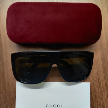 Gucci Square-frame sunglasses with blinkers