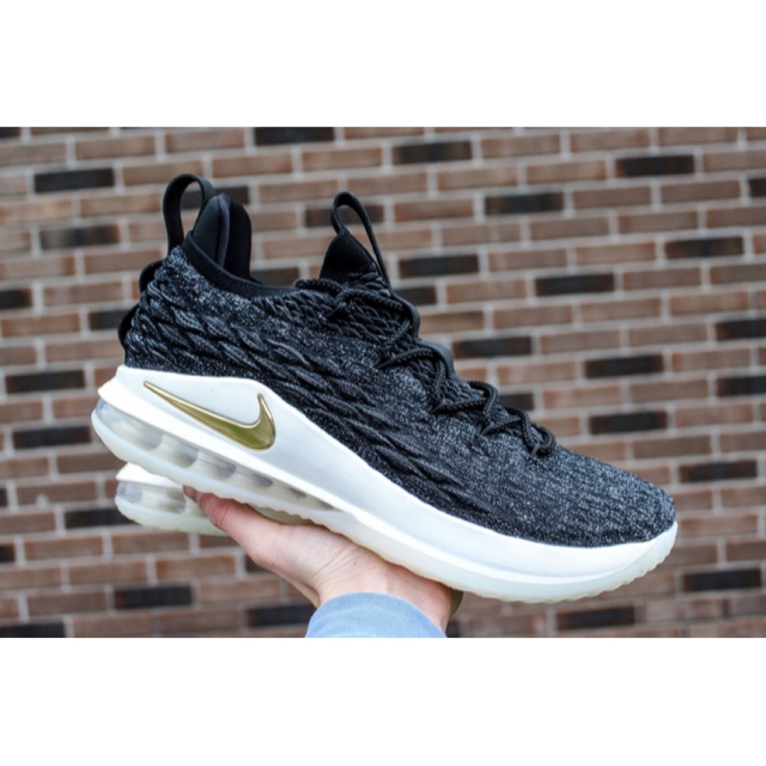 timeless design f8e5d 0df58 Nike Lebron 15 Low Black Metallic Gold