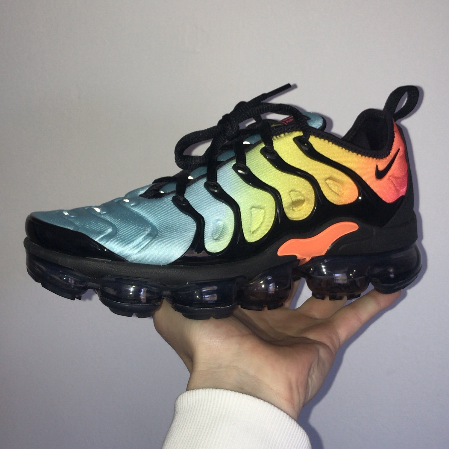 "online retailer 100% authentic presenting Nike Air Vapormax Plus Aqua ""Tropical Sunset"""