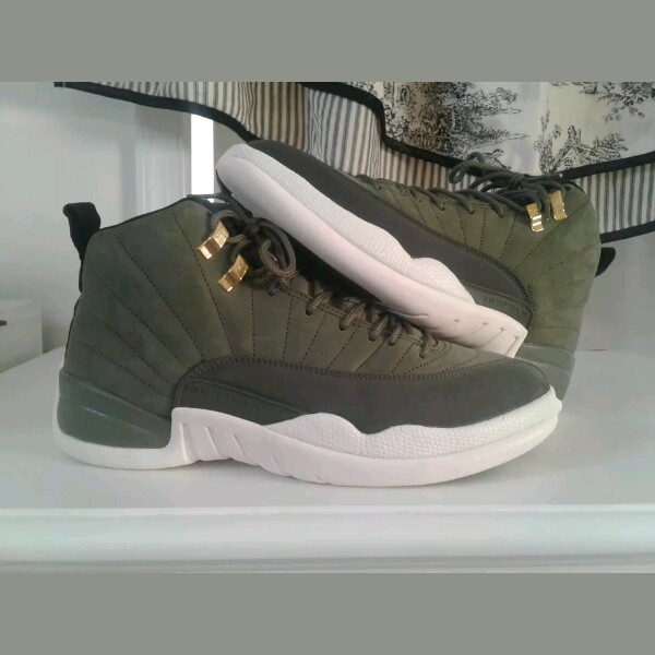 new products 15347 f0ad7 Nike Air Jordan Retro 12 Olive Sail CP Class Of 2003 Size 9.5