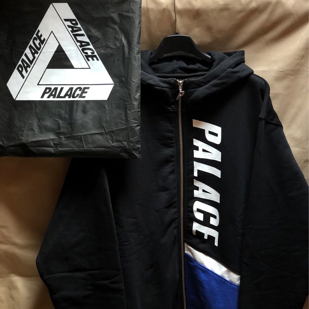 Palace Flaggo Zip Hood Black/White/Blue