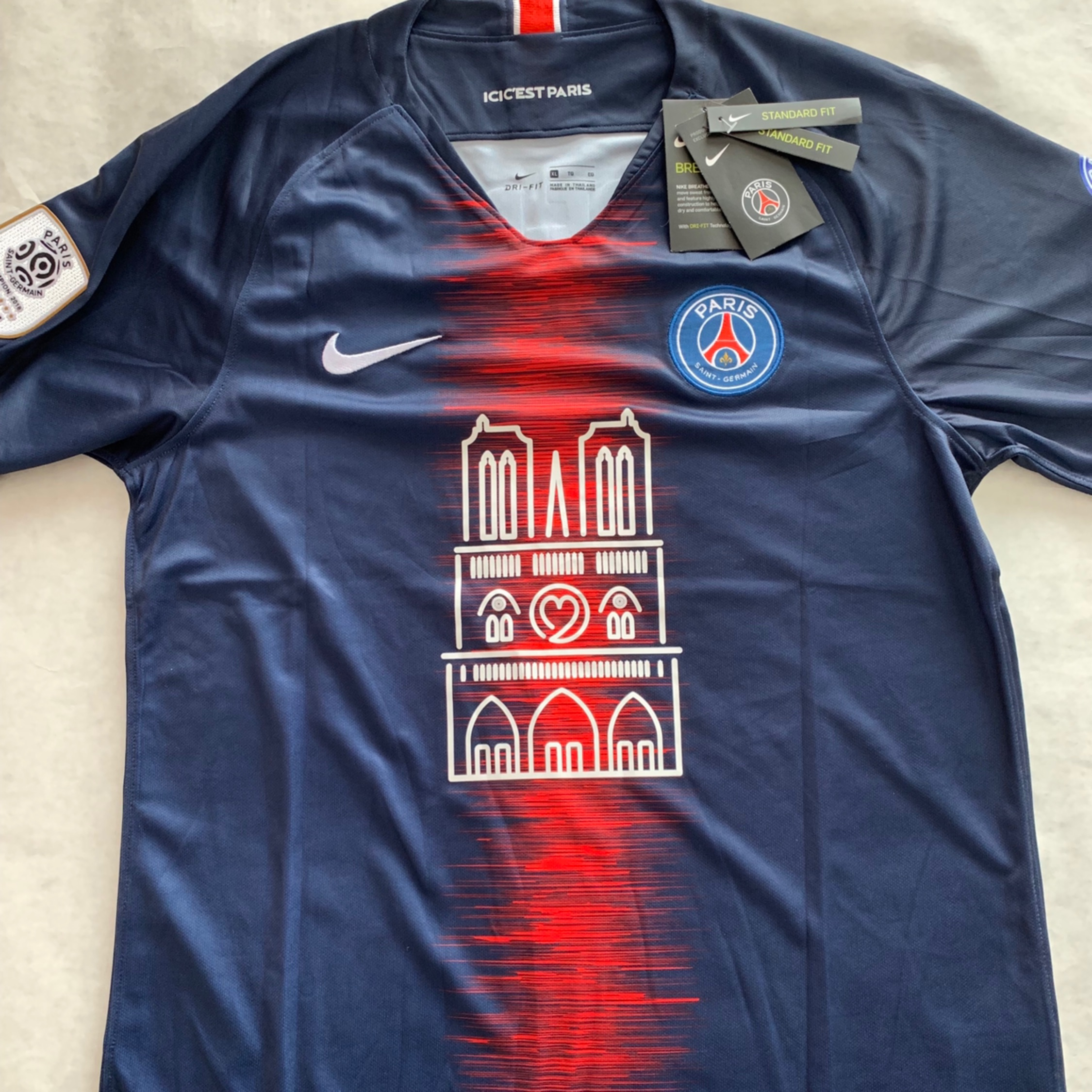 new style f218b 3292a Psg Home Jersey 2018 Notre-Dame Special Edition Xl