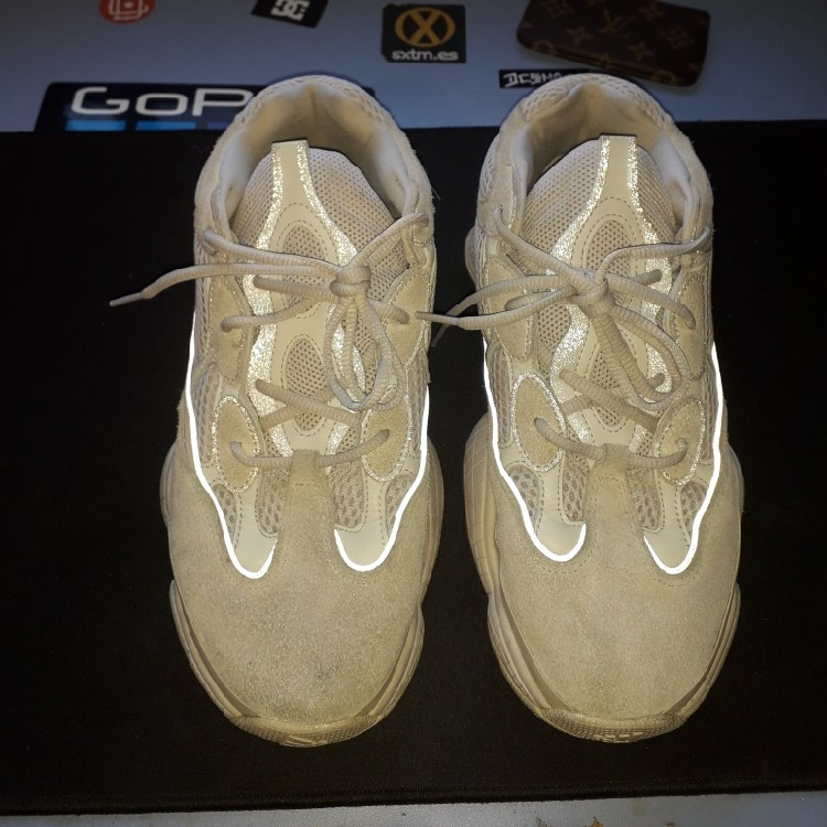 innovative design 0cecc c783f Yeezy 500 used but in very good condition, bought at the rarehouse in June  2018 but with the tag removed, I sell them because they are no longer worth  ...