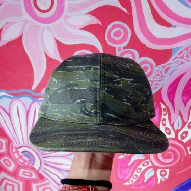 A.P.C CAMOUFLAGE TIGER STRIPES HATS CAP