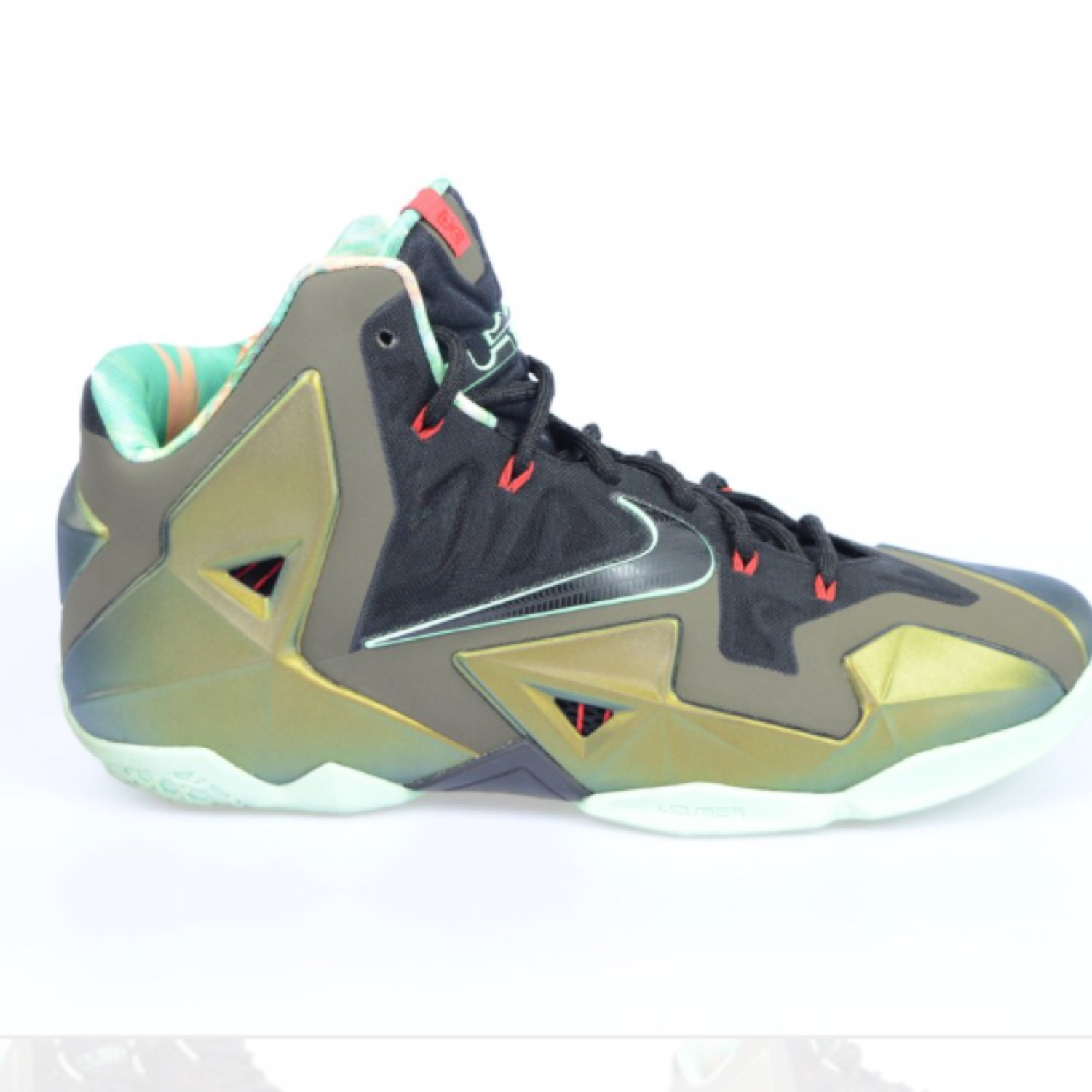 "factory authentic 31a24 644c0 Nike Lebron 11 ""Kings Pride"""