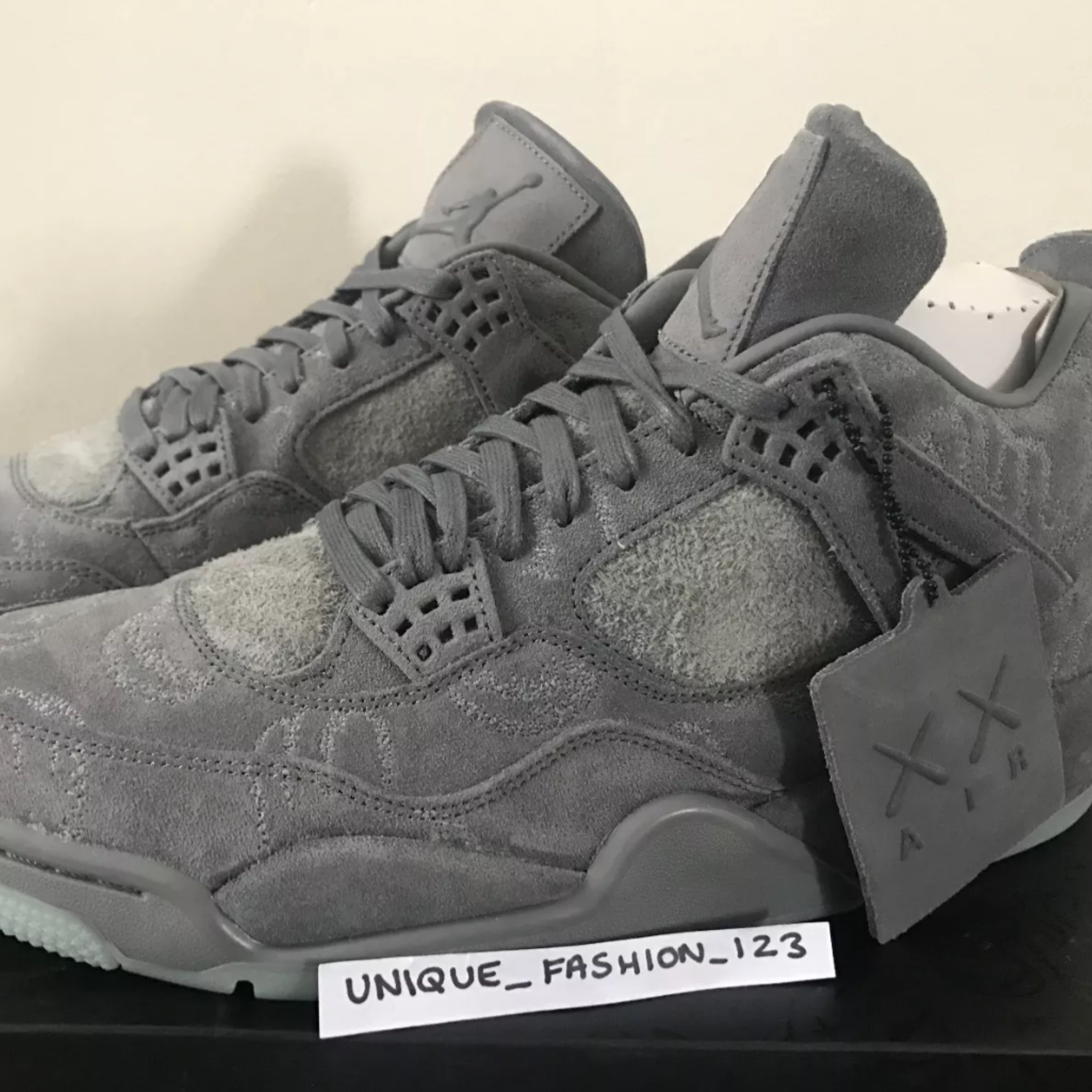 outlet store d3210 250ff Nike Air Jordan Retro 4 Kaws