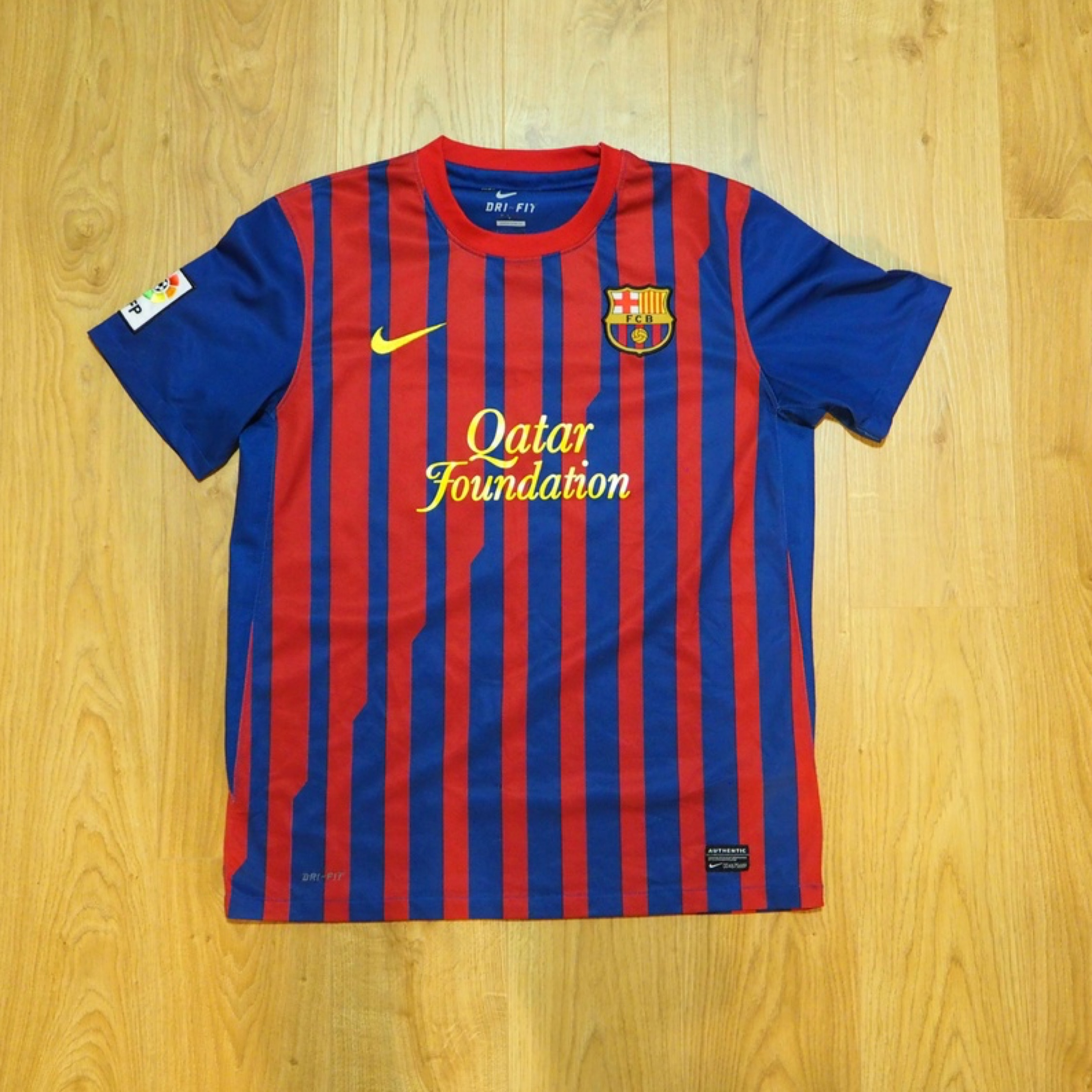 online store 0d885 9daba Nike F.C. Barcelona Alexis Soccer Jersey Fifa