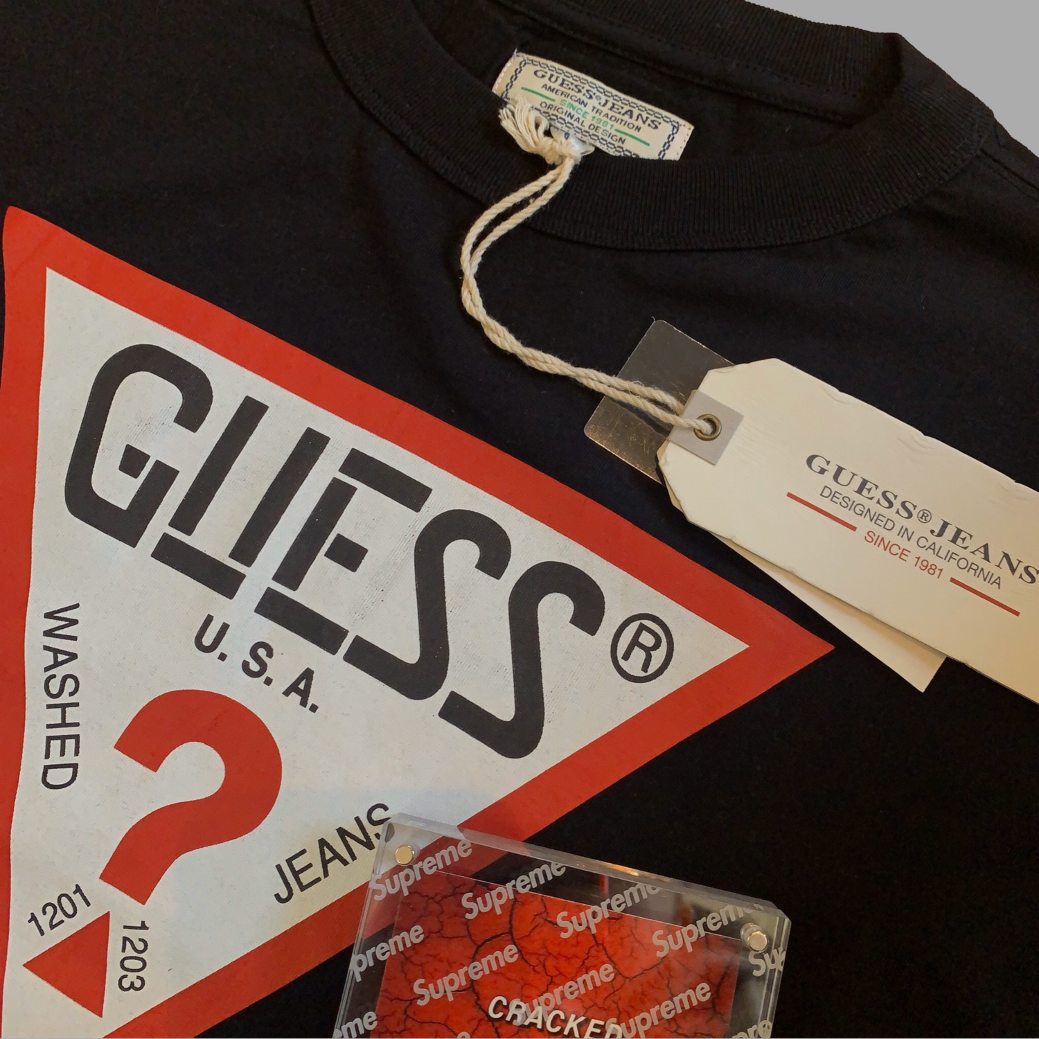 Guess Triangle Graphic Tee