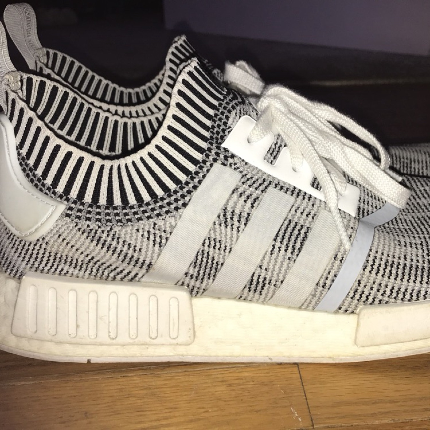 huge selection of ce5d9 09ad3 Adidas Nmd R1 Pk 'Oreo'