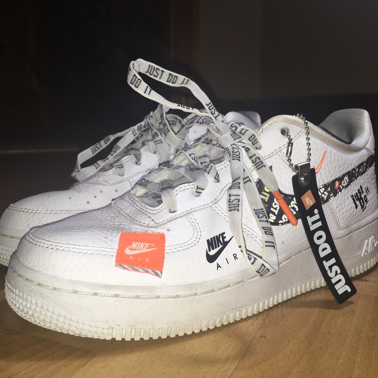 Nike air force 1 low limited edition NWT