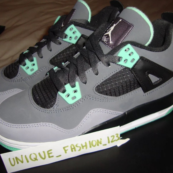 Nike Air Jordan Retro 4 Green Glow Bred