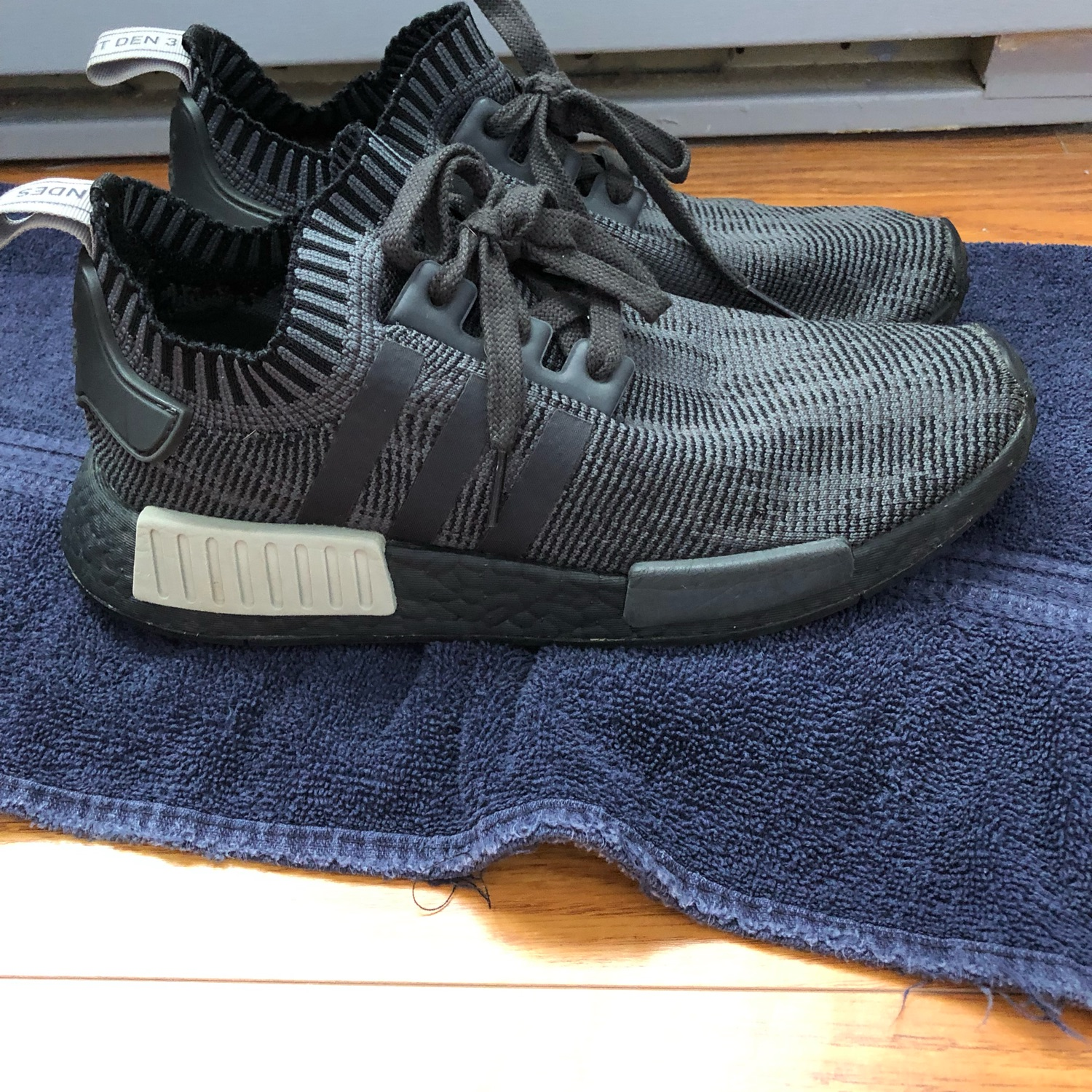 online store 69a5d ae004 Adidas Nmd R_1 Black Olive