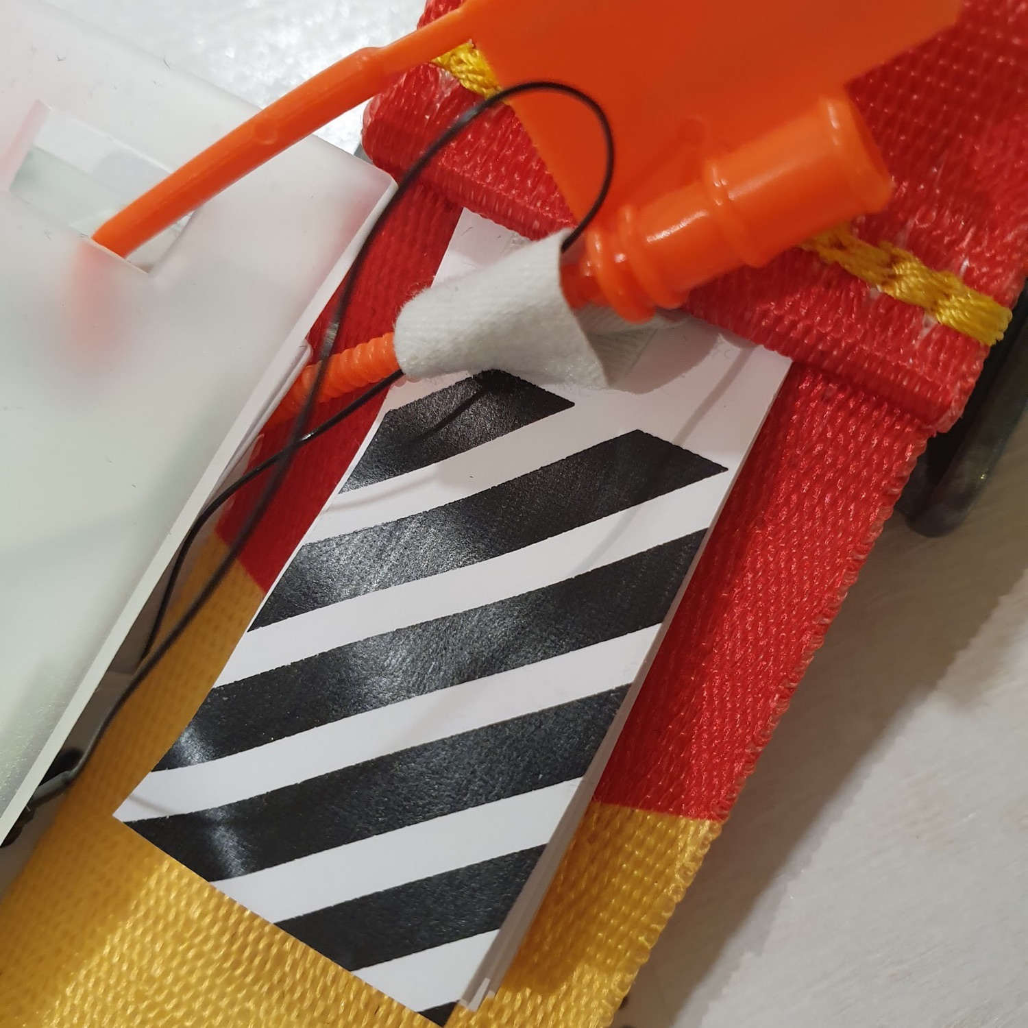 Off White Industrial Belt Red/Yellow