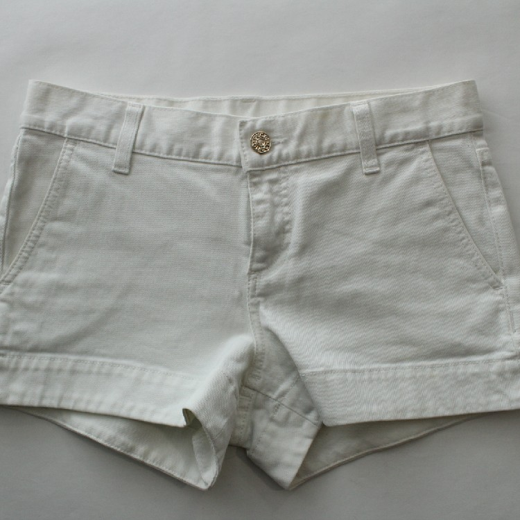 041c385db172b Gucci GG Monogram Big Logo White Denim Jeans Shorts Women's Size 36 Made In  Italy 100% Authentic RARE Vintage Exclusive 🔥 Final Price 🔥 Final ...