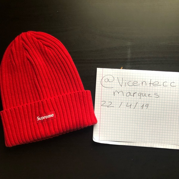 Supreme Red Beanies Ss19 (Steal!!)
