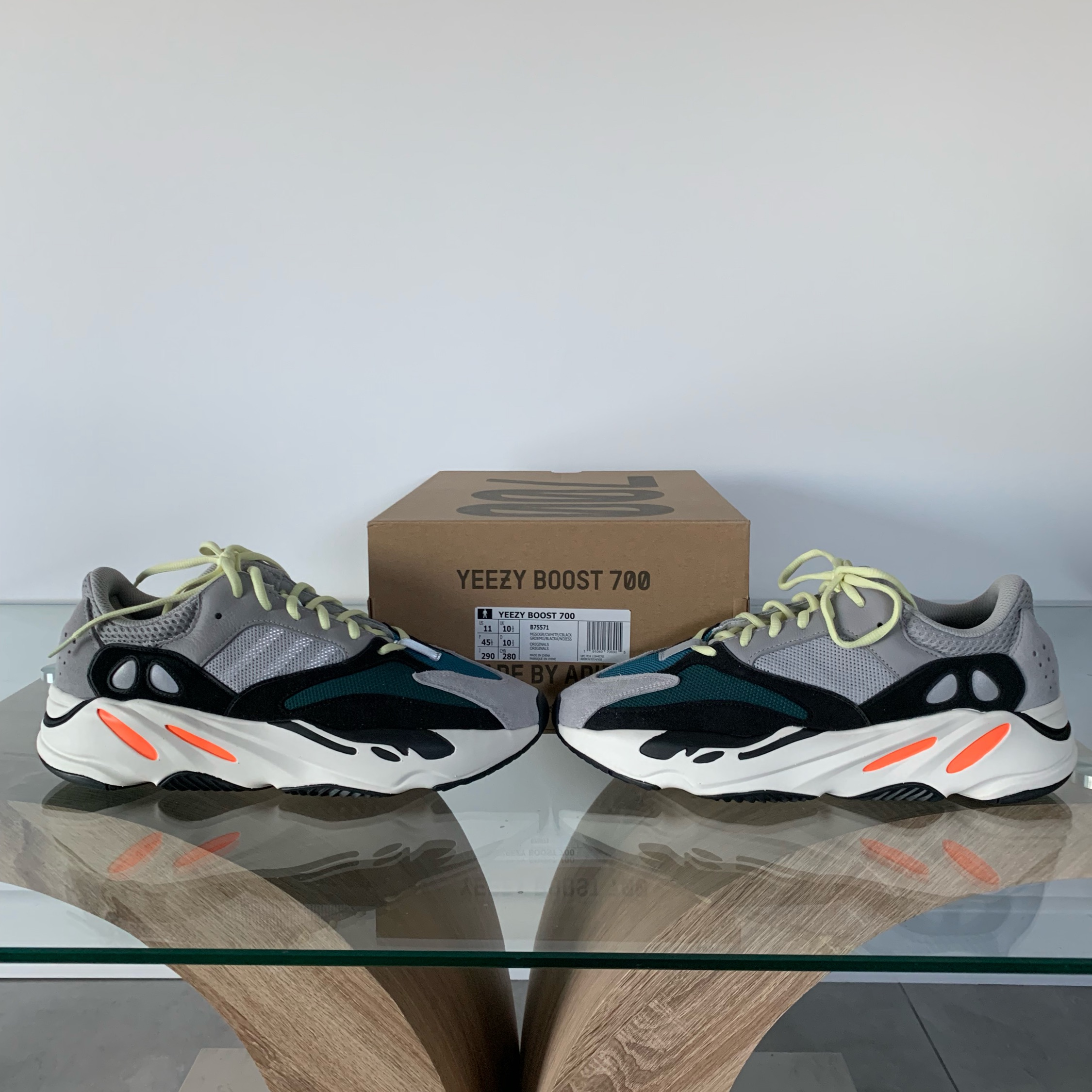 wholesale dealer 57268 55c30 Adidas Yeezy 700 Wave Runner (Looking For Trades)