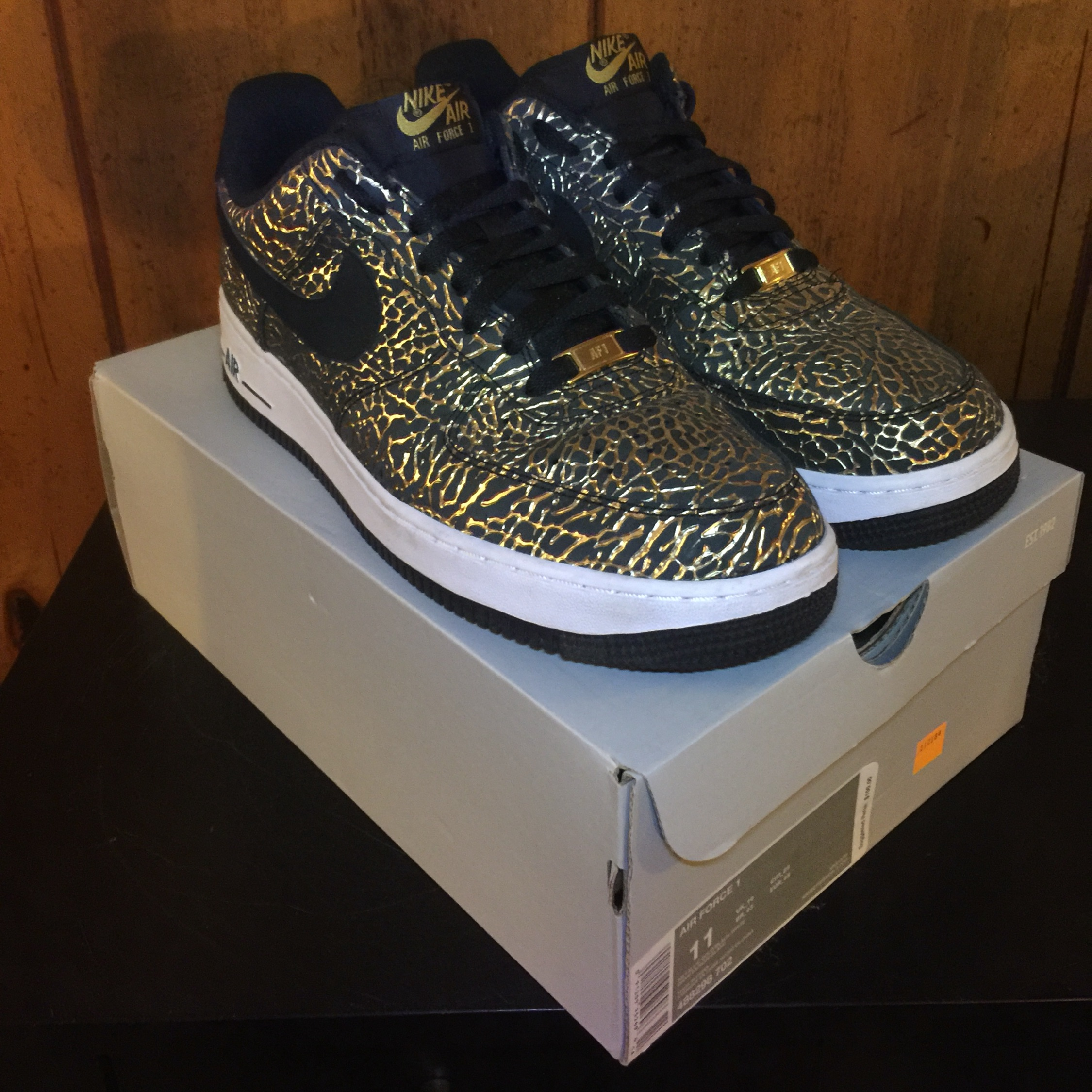 """Air Force 1 Low """"Gold Elephant"""""""