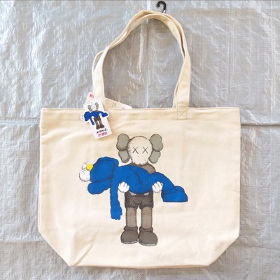 Uniqlo X Kaws Totebag