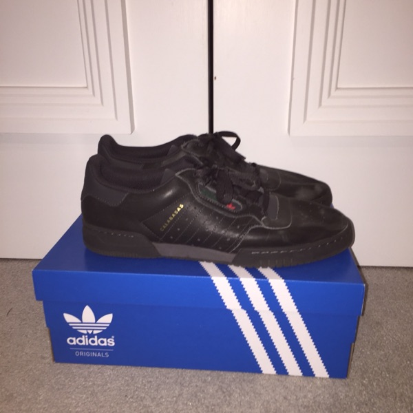 Yeezy Black Calabasas Powerphase