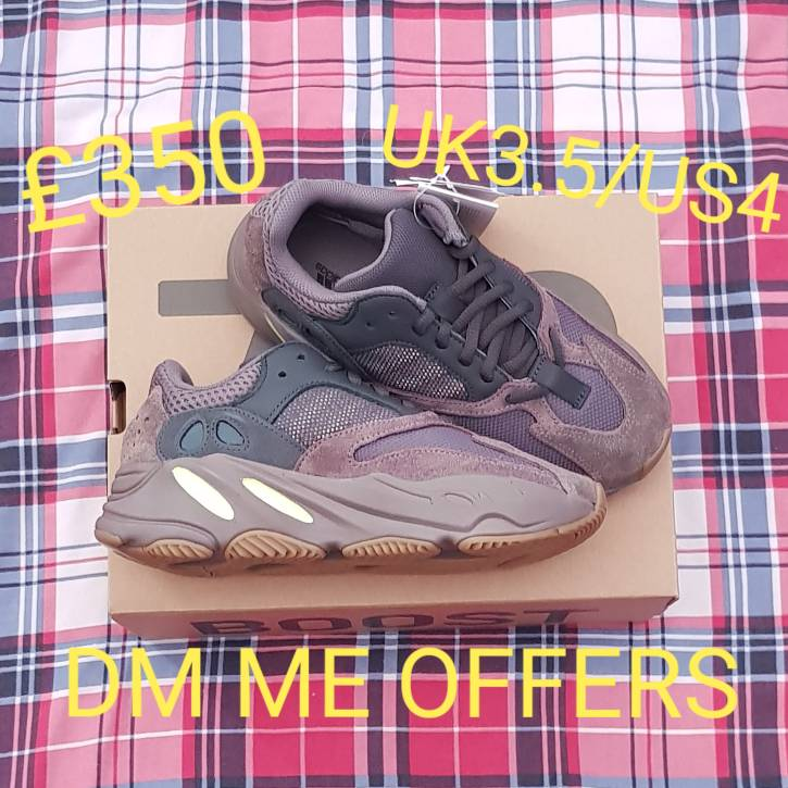 in stock 00a71 223e8 Adidas Yeezy Boost 700 Mauve - UK3.5/US4 (EE9614)