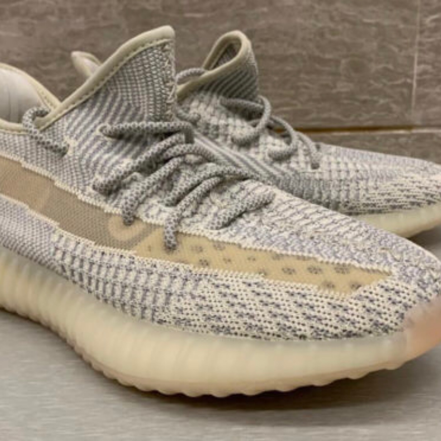 sports shoes 745ae d1042 Adidas Yeezy Boost 350 V2 Lundmark Size 11.5