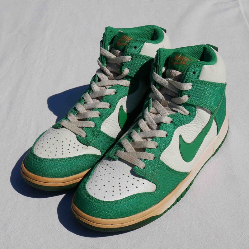 VINTAGE 10'S NIKE DUNK HIGH LUCKY GREEN