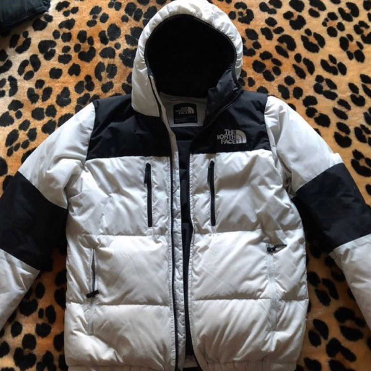 The north face 700 white